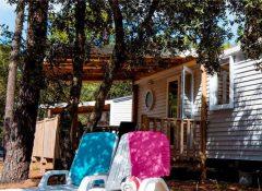 Un mobil home dans le camping Côte d'Argent à Hourtin