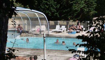 La piscine couverte du Lac de Miel à Beynat