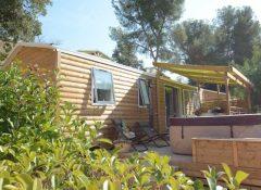 Un mobil home avec spa privatif dans le camping Mas de Pierredon à Sanary sur Mer