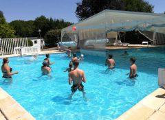 La piscine dans le camping Le Repaire à Thiviers