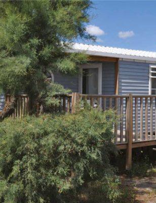 Un mobil home avec terrasse dans le camping Les roquilles à Palavas les Flots