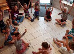 Le club enfants du camping La Source à Thérondels