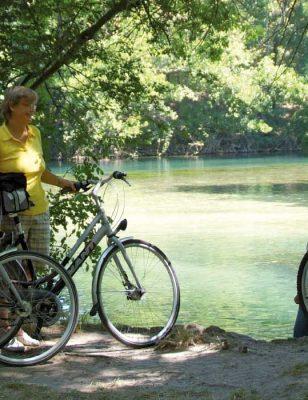Vélo près du camping La Sorguette