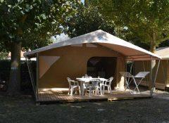 Un hébergement insolite dans le camping l'Océan à Chatelaillon - Tente toilée